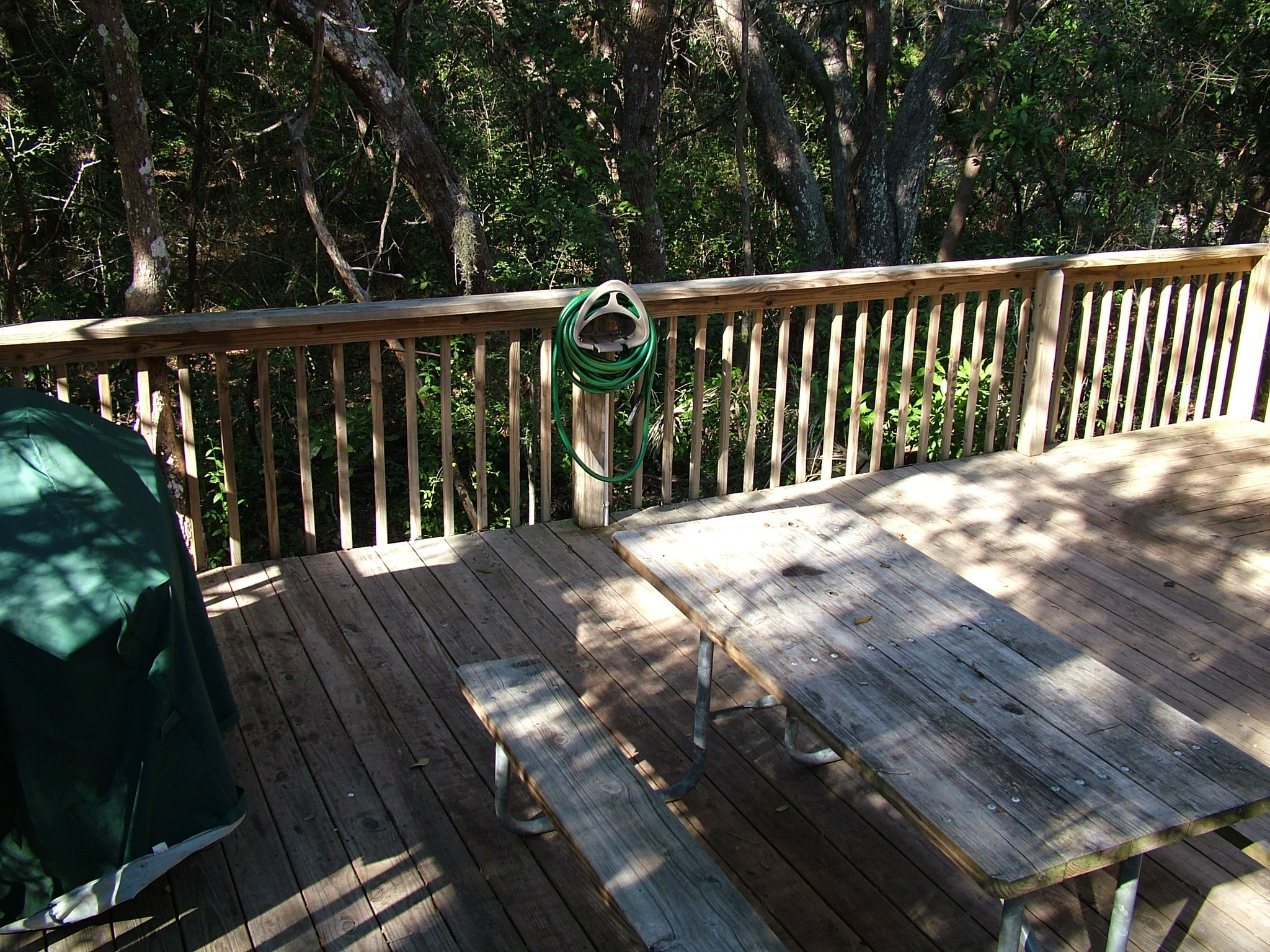 photo of deck on cabin